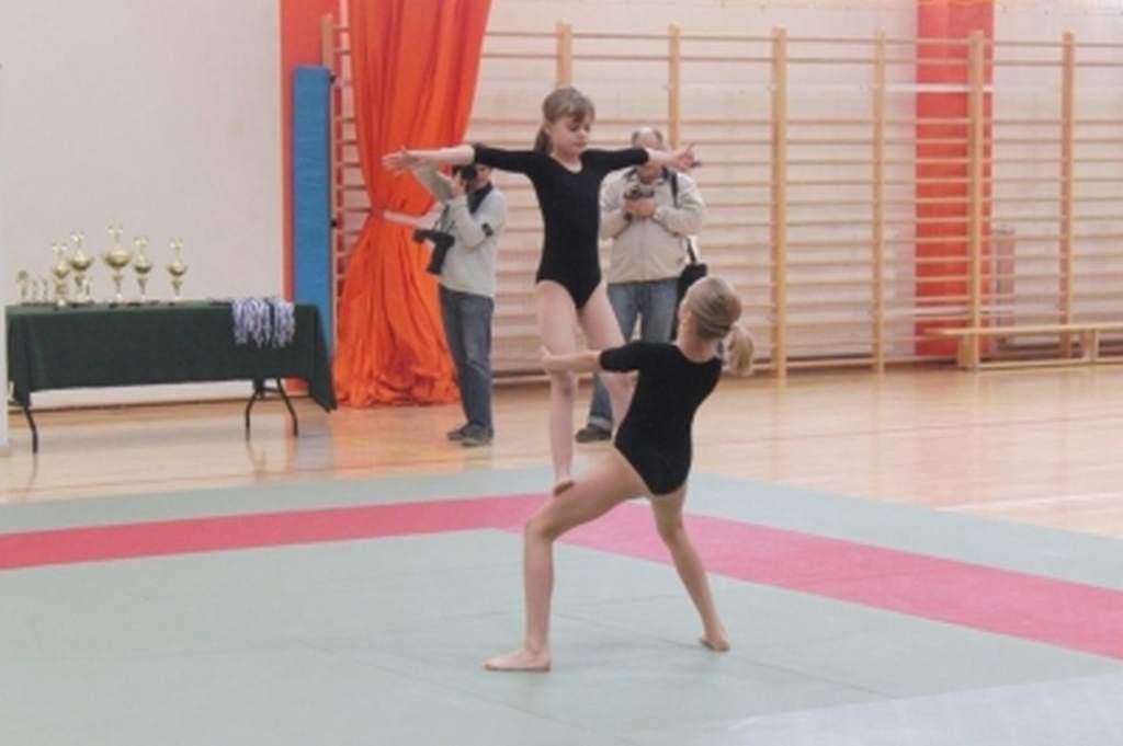 mikoajkowe_zawody_w_akrobatyce_sportowej_12_20130508_1764662459
