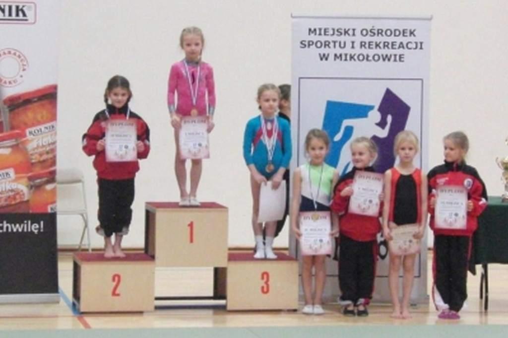 mikoajkowe_zawody_w_akrobatyce_sportowej_8_20130508_1676833471