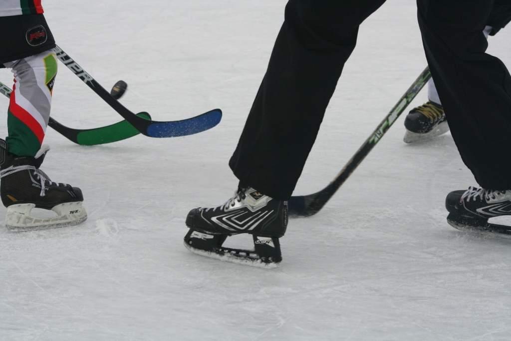 turniej_mini-hokej_na_lodzie_2012_19_20130509_1641449526