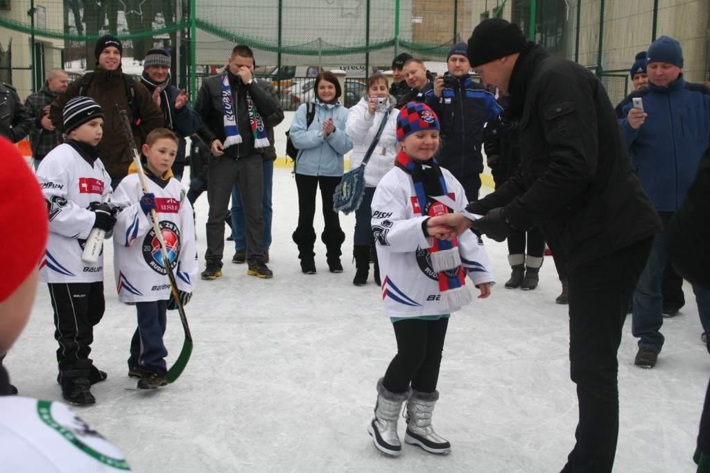 turniej_mini-hokej_na_lodzie_2012_4_20130509_1150117016