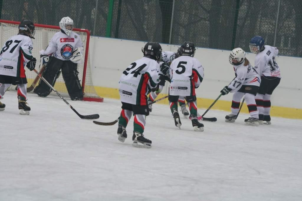 turniej_mini-hokej_na_lodzie_2012_6_20130509_1291293883