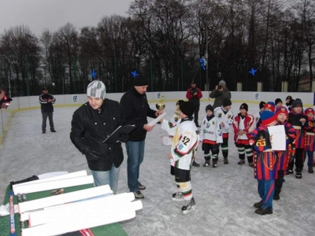 turniej_mini_hokeja_o_puchar_dyrektora_mosir_40_20130508_1868361397