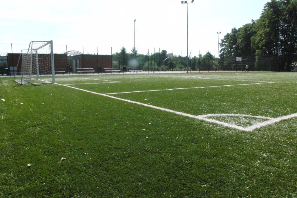 Zdniem 19 kwietnia otwieramy kompleksy boisk Orlik 2012 orazbieżnię lekkoatletyczną